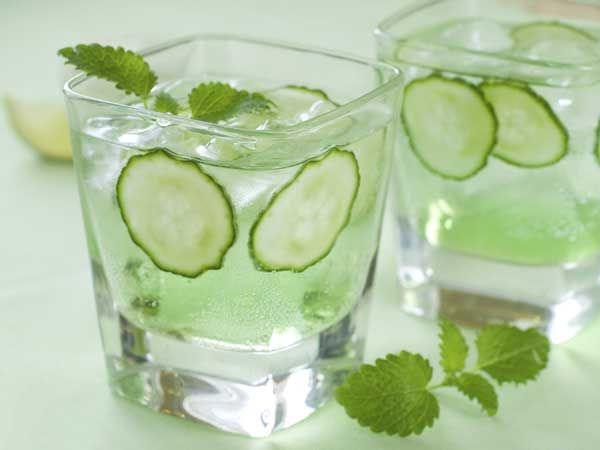 Cucumber, apple and mint water. Yum!